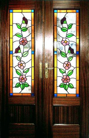 Introducci n for Puertas con vidrieras decorativas